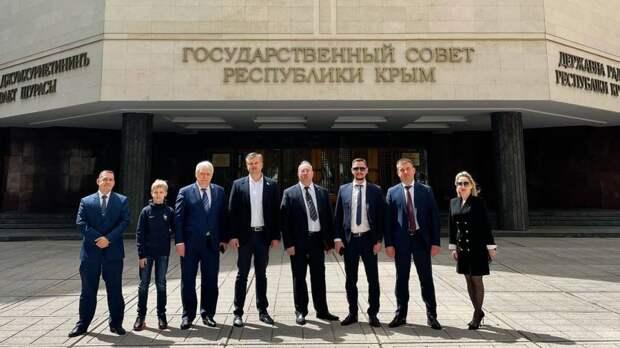 В Государственном Совете РК прошла встреча с гостями Бахчисарая - делегацией Калининградской областной Думы и администрацией Гусевского городского округа Калининградской области