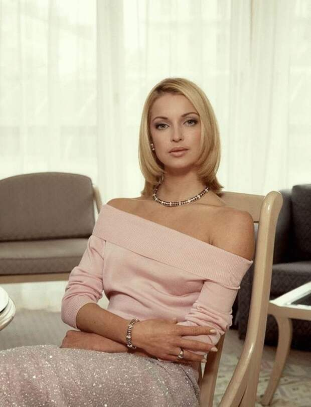 Какая же она была красивая раньше — 20 фото Анастасии Волочковой в молодости