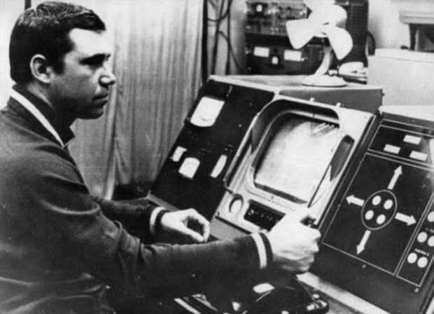 «Луноход-1» был запущен 50 лет назад. Как он был устроен и для чего нужен? (4 фото)