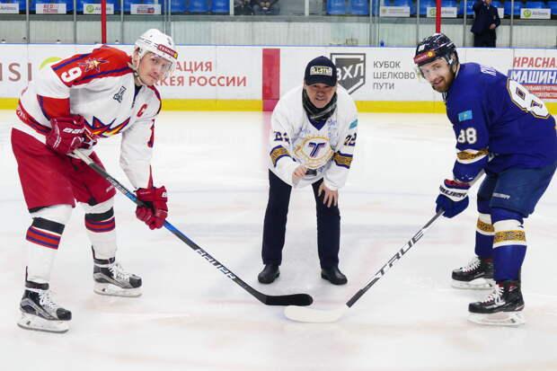 Хоккеисты «Ижстали» в овертайме обыграли устькаменогорское «Торпедо»