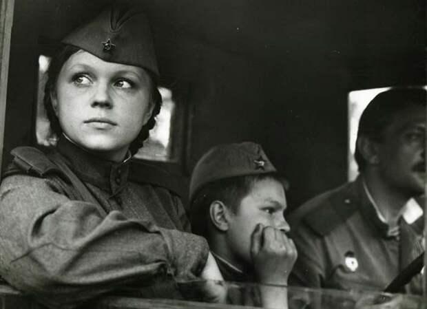 Девушка с зелеными глазами, актриса Нина Ильина.