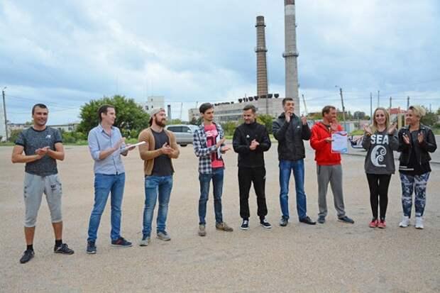 Культурные люди Севастополя сбегали туда и обратно