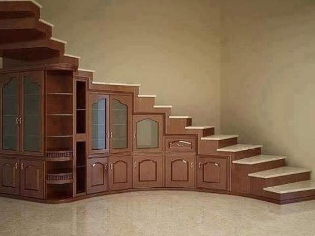 Лестница-шкаф. Как вам идея?