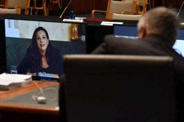 Мелани Силва, управляющий директор Google в Австралии и Новой Зеландии, выступает по видеосвязи во время расследования Сената Австралии в прошлом месяце