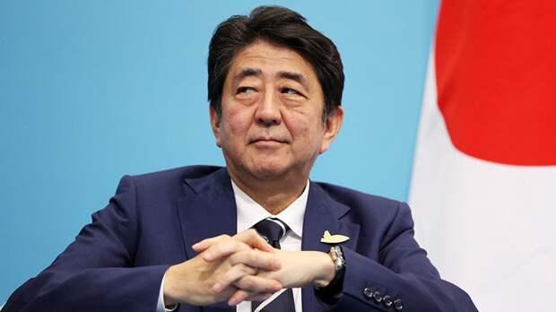 Премьер Японии объявил о завершении российско-японских переговоров по поводу заключения мирного договора
