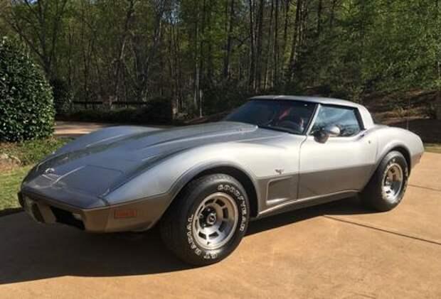 Музей по нему плачет: Chevrolet Corvette 1978 года без пробега