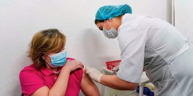Собянин призвал москвичей не откладывать вакцинацию от COVID-19. Фото: Е. Самарин mos.ru