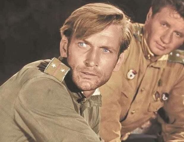 Владимир Талашко. Кадр из фильма «В бой идут одни «старики», 1974 г.