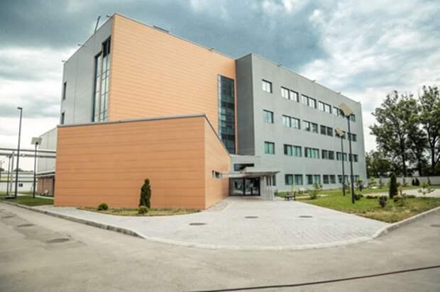 Лаборатории США по разработке биологического оружия рядом с РФ: проверяем информацию