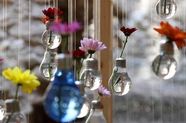 19 оригинальных идей повторного использования лампочек  идея, использование, лампочка
