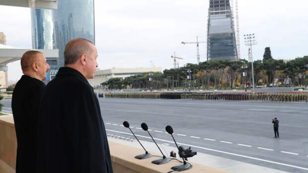 Парад принимал Эрдоган, а не Алиев
