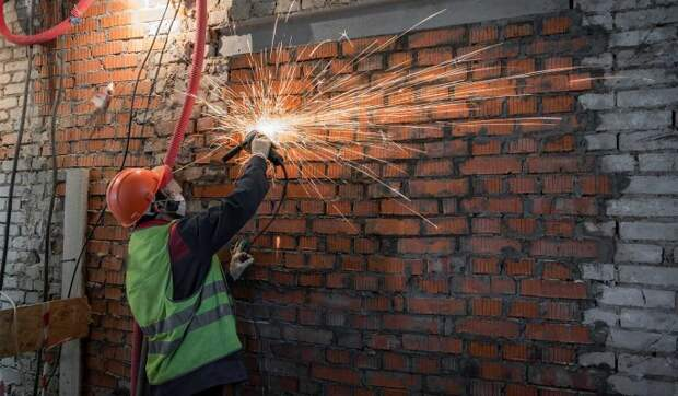 На Пресненском Валу капитально отремонтируют девятиэтажный жилой дом