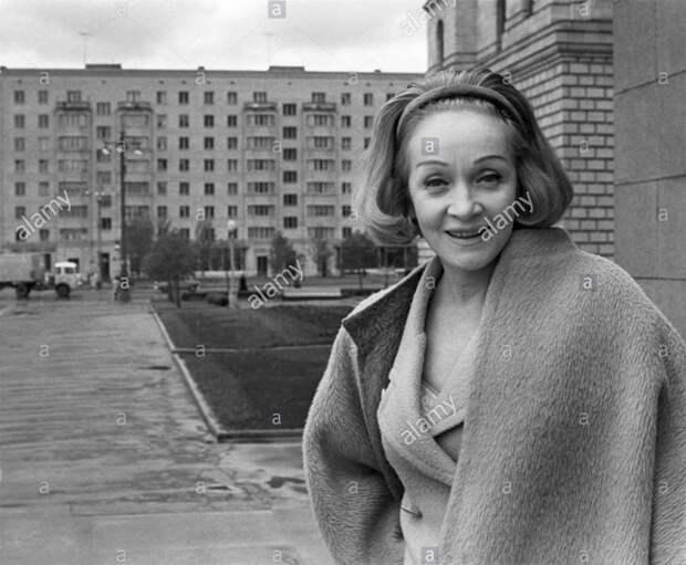 Марлен Дитрих, 1964
