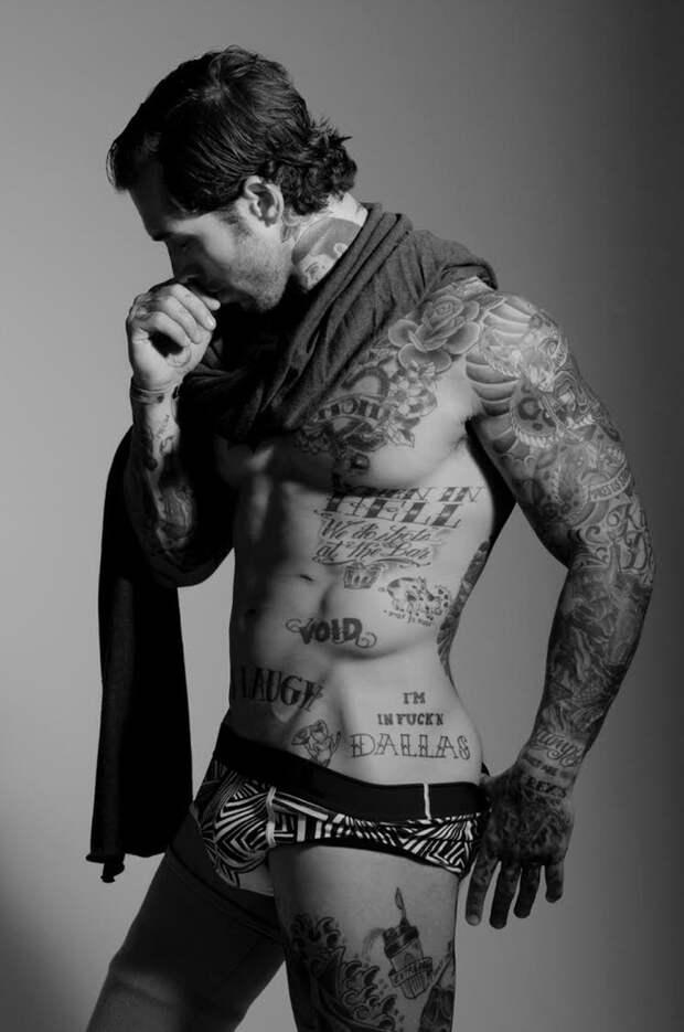 Сильный мужчина с тату — инвалид и ветеран Афганистана решил стать моделью