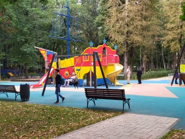 Фото дня: виды Бабушкинского парка