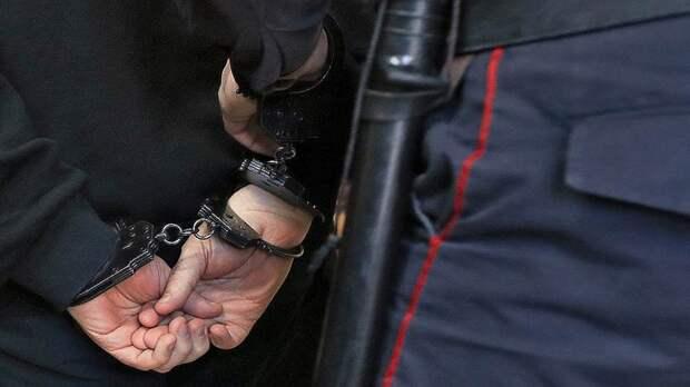 Полицейские задержали на Подольской героинщика