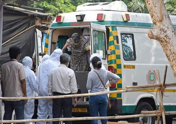Власти Японии направят Индии медицинскую помощь из-за ухудшения ситуации с COVID-19