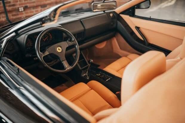 «Такая только у меня и у Майкла Джексона!»: Ferrari Testarossa с откидным верхом