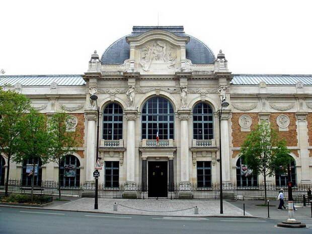 Главное здание мануфактуры Гобеленов в Париже