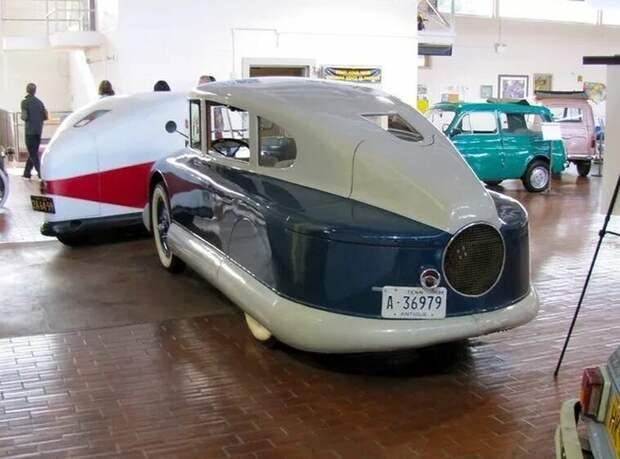 Вот что получается, когда авиатор создает машину. Martin 100