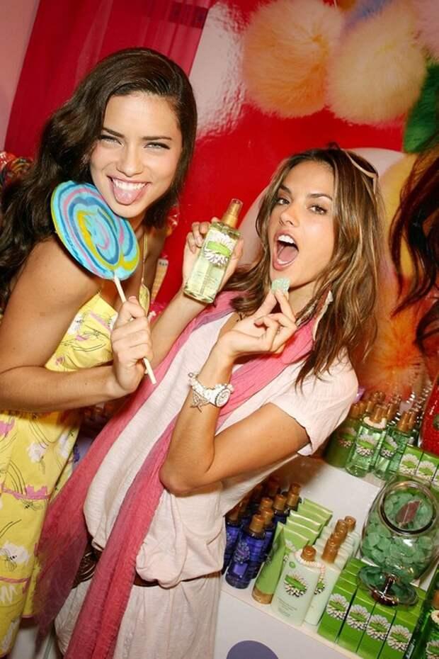 Веселые, позитивные и милые девушки для улыбки