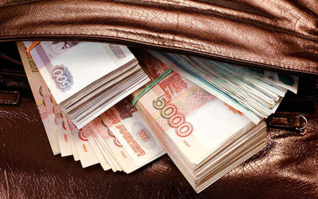 Мошенник «продал» автомобилей на 28 млн рублей