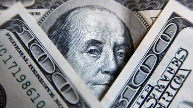 Доллар называет причины для покупок