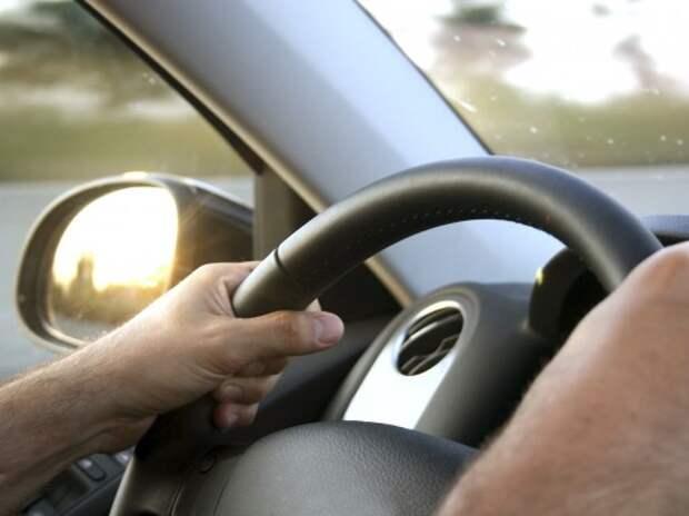 Минздрав не препятствует эксгибиционистам и трансвеститам управлять автомобилем