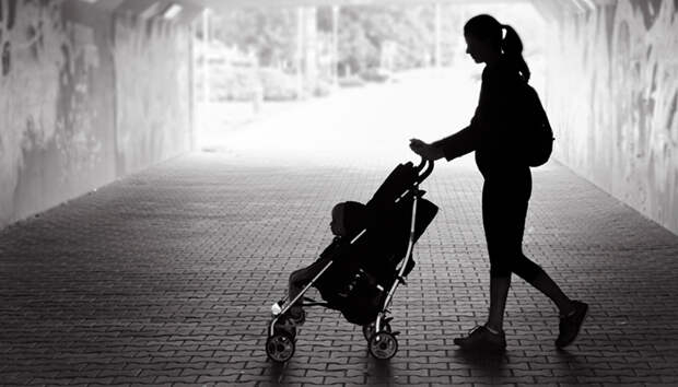 Передал ребёнка на час бабушке? Отберут пособие