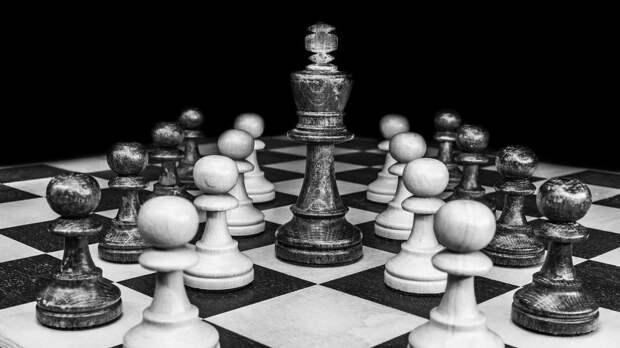 Житель Левобережного стал призером окружных соревнований по шахматам