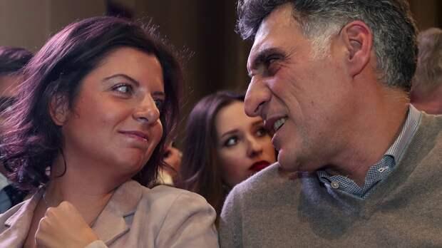 Тигран Кеосаян и Маргарита Симоньян ждут четвертого ребёнка
