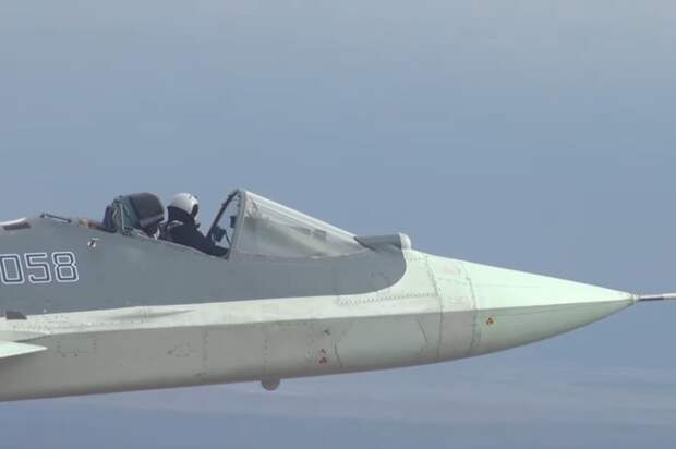 """Кабриолет"" Су-57 показали на видео"