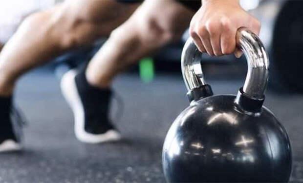 17-летний студент сбросил 55 килограммов без спортзала за 7 месяцев и рассказал о своих тренировках