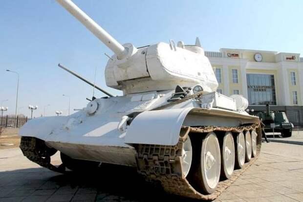 В День победы в центре Екатеринбурга выставят бронетехнику времен Второй мировой
