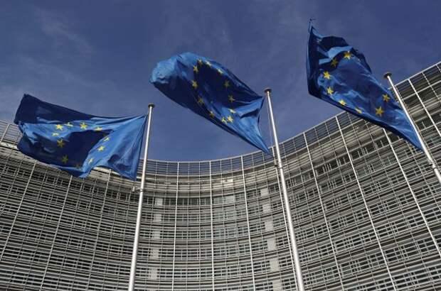 Отношения с РФ находятся в низшей точке после холодной войны - посол ЕС