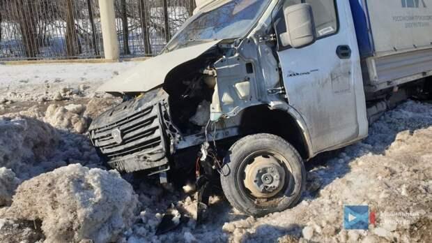 На Ленинградке из-за ДТП автомобиль сделал «сальто»