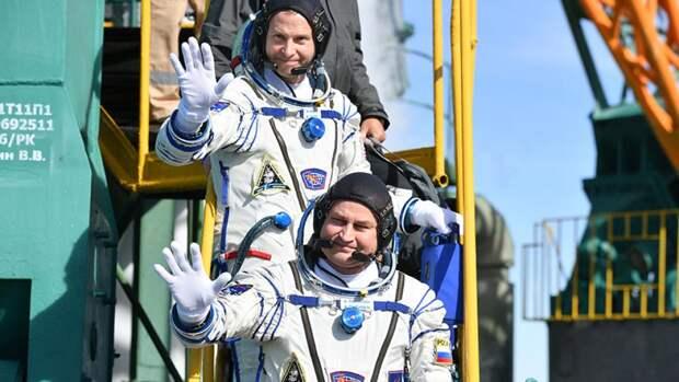 С небес на землю: как удалось спастись экипажу «Союза МС-10»