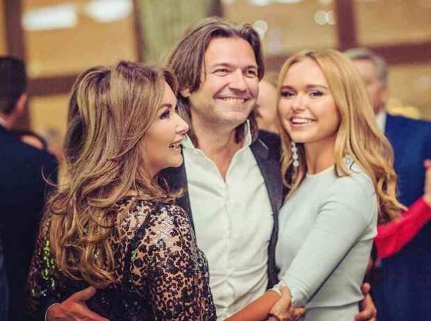 Сеть подорвало фото Стефании Маликовой с маленьким братом