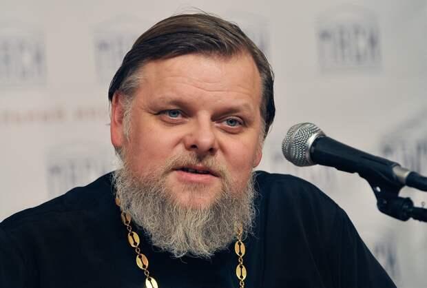 Протоиерей объявил прихожан виновными в росте числа зараженных коронавирусом среди духовенства