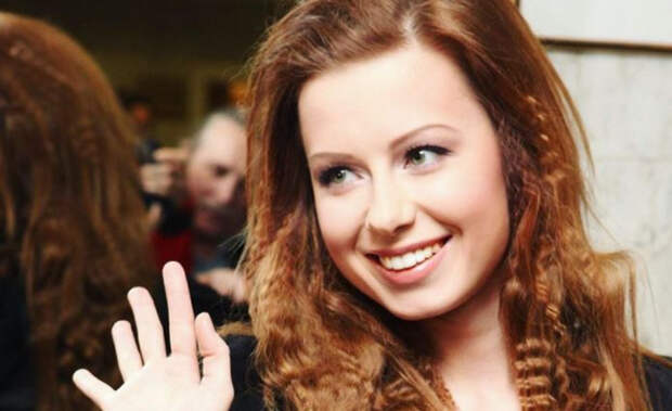 Юлия Савичева делала уколы в голову ради красоты