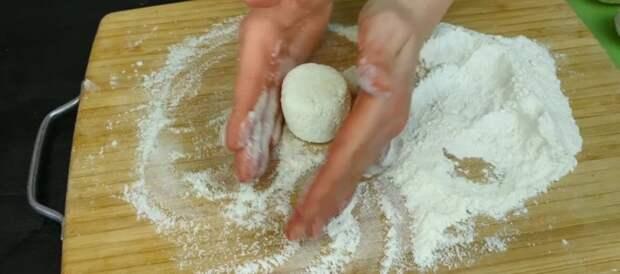Свекровь из деревни научила готовить «правильные» сырники: делюсь рецептом (по другим рецептам и готовить не хочется)