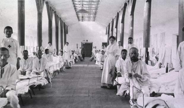 Госпиталь № 2 общины сестер милосердия Св. Георгия. Палата