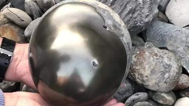 На пляже нашли артефакт, которому больше 185 млн лет