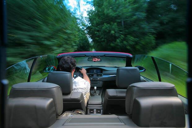 Как правильно держать руль чтобы избежать аварий: советы профессионалов