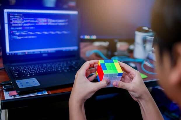Создан самый маленький мире кубик Рубика