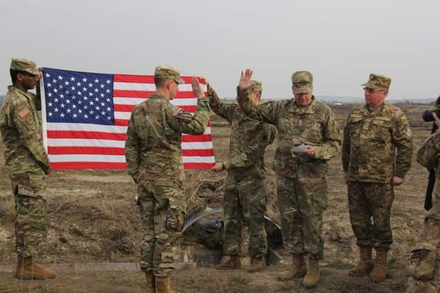 Украинские солдаты и офицеры массово уходят из ВСУ после обучения в США