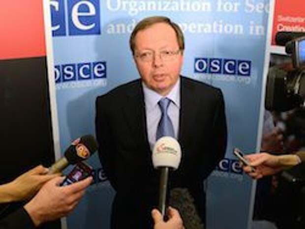 Новость на Newsland: Постпред РФ: никакого участия военных России на Украине нет