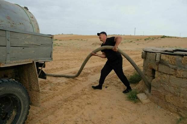 Как живут люди в самой жаркой точке России, где температура достигает 70°C