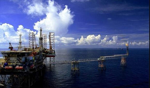 «Роснефть» отказалась отбурения вспорных офшорных водах Вьетнама— СМИ