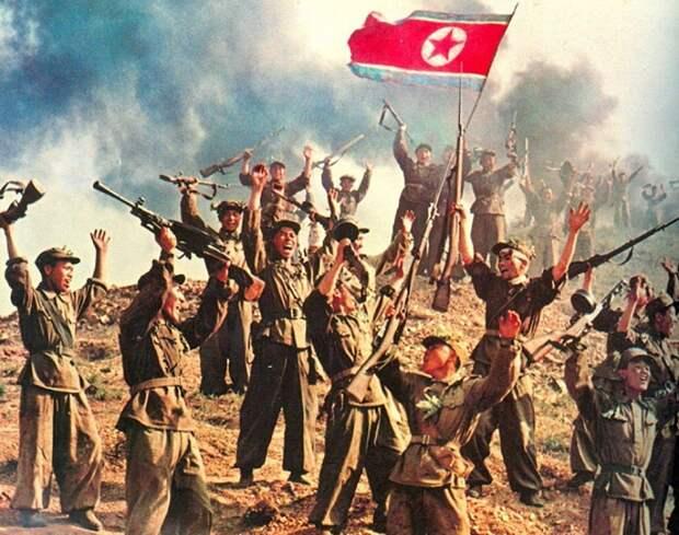 Северокорейские солдаты празднуют победу в войне, 1953 год / Источник: diletant.media